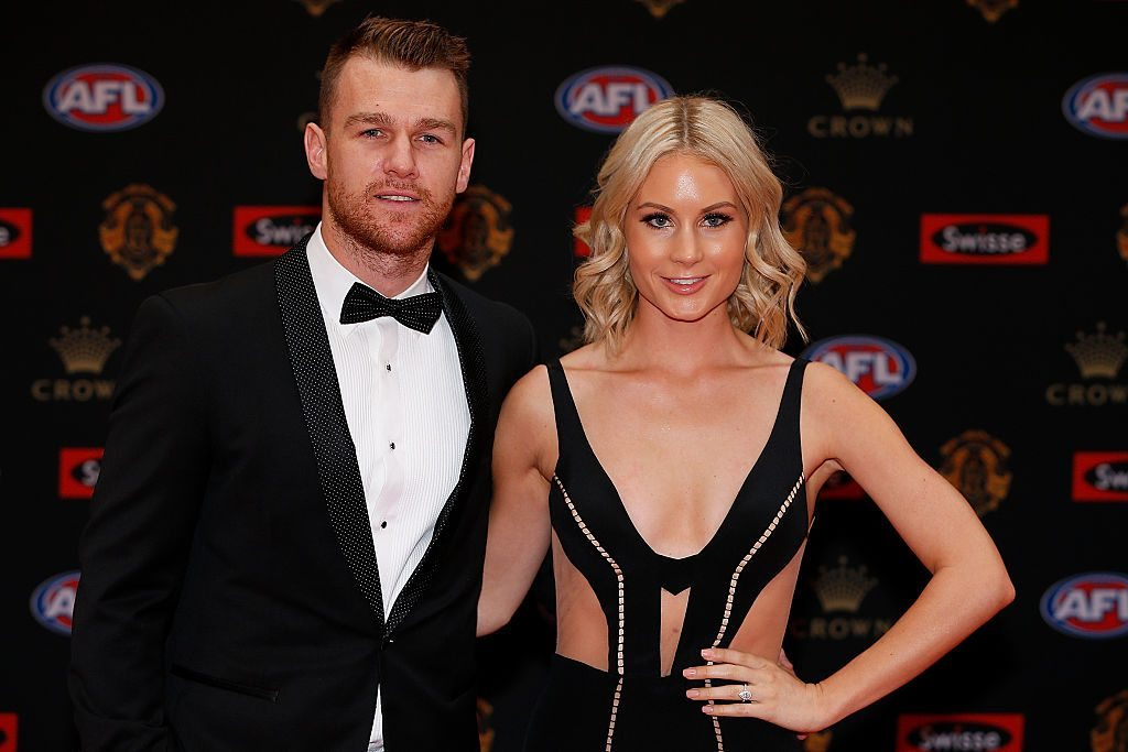 MELBOURNE, AUSTRALIA - SEPTEMBER 26: Robbie Gray (L) of Port Adelaide and Annabel Whiting arrives ahead of the 2016 Brownlow Medal at Crown Entertainment Complex on September 26, 2016 in Melbourne, Australia. (Photo by Daniel Pockett/Getty Images)
